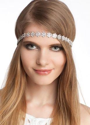 Цвет волос темный блондин, греческая прическа для молодых девушек