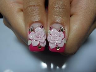 Маникюр с розами, лепка на ногтях