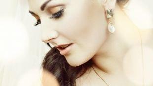 Свадебный макияж с нарощенными ресницами, свадебный макияж в персиковых тонах