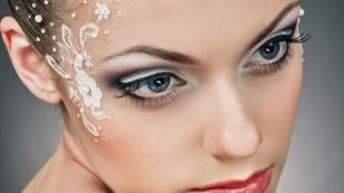 Свадебный макияж в серых тонах, кружевной макияж