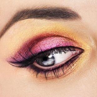 Макияж под фиолетовое платье, макияж для серых глаз