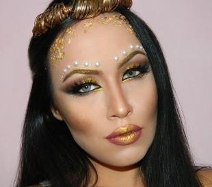 Восточный макияж для голубых глаз, яркий образ на хэллоуин
