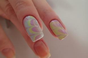 Мраморный маникюр, водный дизайн ногтей