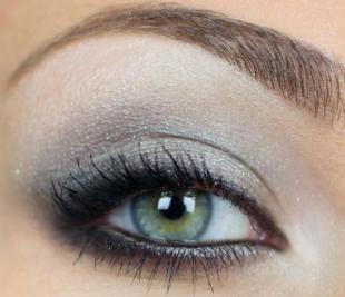 Свадебный макияж в серых тонах, красивый вечерний макияж для серо-голубых глаз