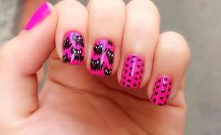 Рисунки с кошками на ногтях, розовый маникюр с горошком и котами