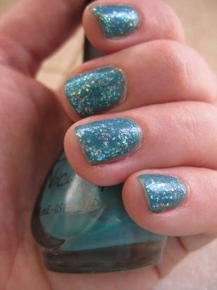 Маникюр на коротких ногтях, маникюр с блестками на коротких ногтях