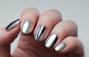 Зеркальный маникюр, дизайн ногтей с использованием липкой ленты