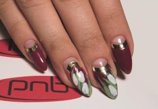 Дизайн ногтей с фольгой, лунный маникюр с цветочным дизайном и фольгой