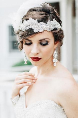 Свадебный макияж в серых тонах, темный свадебный макияж