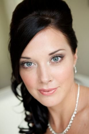 Макияж для брюнеток с серыми глазами, свадебный макияж для голубых глаз