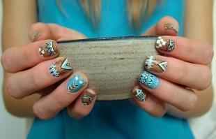 Геометрические рисунки на ногтях, трендовый маникюр с геометрическим рисунком