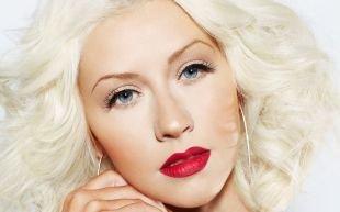Свадебный макияж с красными губами, бесподобный макияж для серо-голубых глаз для блондинок