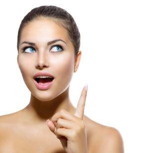 10 способов убрать синяки под глазами