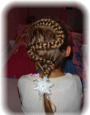 """Праздничные детские прически на длинные волосы, прическа """"змейка"""" для девочек"""