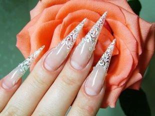 Витражный френч, стилет - форма ногтей для свадебного маникюра