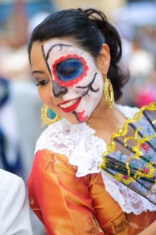 Легкий макияж на хэллоуин, красочный макияж на хэллоуин