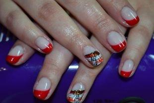 Рисунки на ногтях акрилом, красный шеллак френч с узором