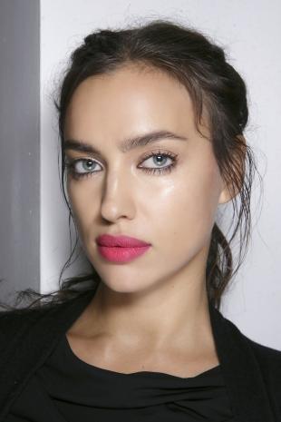 Макияж на каждый день для брюнеток, макияж для увеличения глаз