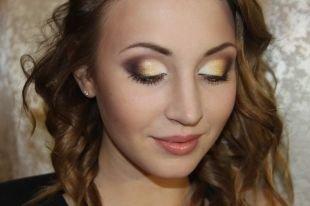 Макияж для карих глаз под зеленое платье, макияж для шатенок в коричнево-золотистой гамме
