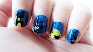 Осенний дизайн ногтей, синий маникюр с рисунками