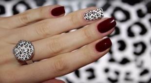 Темный маникюр, бордовый маникюр с леопардовым принтом