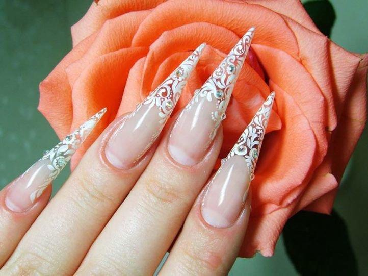 Стилет - форма ногтей для свадебного маникюра